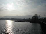 Zurich, Sun Glistening on the Lake in Winter (39 kbytes) - Click to enlarge